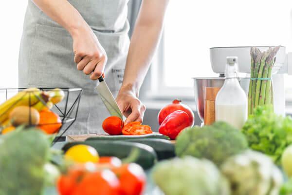 préparation légumes pour congélation après mise sous vide